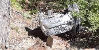 Alanya#039;da yayla yolunda bir araç uçuruma yuvarlandı