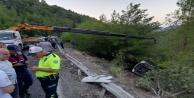 Antalyada tur midibüsü devrildi: 1#039;i ağır 20 turist yaralı