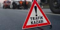 Alanyada motosikletle otobüs çarpıştı: 1 yaralı