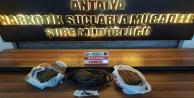 Antalya#039;da bir zanlı uyuşturucu ticaretinden tutuklandı
