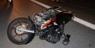 Alanyada motosikletler kafa kafaya çarpıştı: 2 yaralı