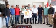 Alanyaspor#039;dan Başhekim Lakadamyalı#039;ya ziyaret