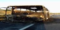 Alanya#039;da şehirlerarası otobüs cayır cayır yandı