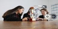 14 yaşındaki kız öğrenci #039;Yangın Söndürme Robotuyla dünya ikincisi oldu