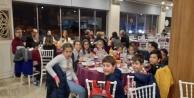 6/F Öğrencileri motivasyon yemeğinde bir araya geldi