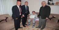 DMD hastası Mehmet Ali#039;nin karne sevinci