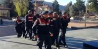 Jandarma'dan akaryakıt hırsızlığı operasyonu: 3 gözaltı