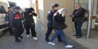 8 aydır kaçak olan çete lideri şüphelisi yakalandı, 3 kadın kurtarıldı
