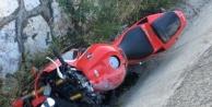 Alanyada kaldırıma çarpan motosiklet sürücüsü yaralandı