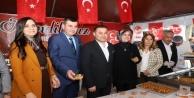 Alanya'da MHP'den vatandaşlara lokma ikramı