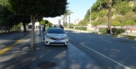 Polisin #039;Dur#039; ihtarına uymayan motosikletli, kaza yapınca yakayı ele verdi