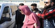 Suriyeli esnafın yüzüne gaz sıkıp 21 bin dolarını çaldılar