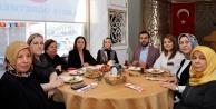Ak Parti Kadın Kolları#039;ndan kadınlara özel kahvaltı