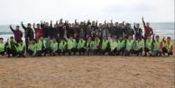 Alanya#039;da ülkücüler plaj temizledi