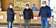Fabrikalara 50 bin maske dağıtıldı