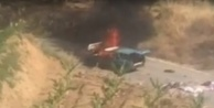 Alanya#039;da seyir halindeki araç alev alev yandı