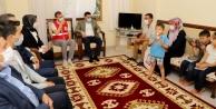 Başkan Yücel#039;den karantinadaki vatandaşlara bayram ziyareti