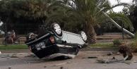 Alanya#039;da kadın sürücünün kullandığı araç takla attı