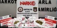 Alanya#039;da parkta uyuşturucu operasyonu