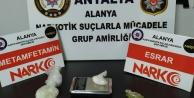 Alanya#039;ya otomobille uyuşturucu getiren şüpheliler yakalandı