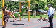 Parkları dolduran çocuklara sürpriz ziyaret