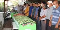 Alanya#039;da kaza kurbanı 3 kişilik aile yan yana toprağa verildi
