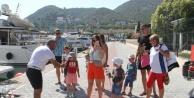Alanya#039;da lüks tekneler sezonu Ukraynalı turistlerle açtı