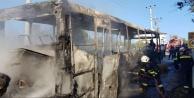 Alanya#039;da otobüs cayır cayır yandı