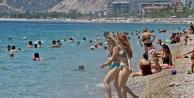 Dünyaca ünlü sahilde #039;Çok fazla normalleştik#039; dedirten görüntüler
