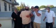 Suriyeli gencin cenazesini ailesi salavatlarla aldı
