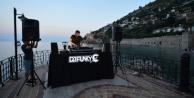 Ünlü DJ tanıtım için Alanya#039;da