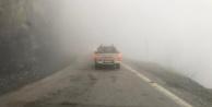 Alanya#039;nın yayla yolunda sis paniği