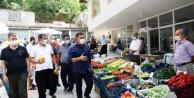 Başkan Yücel, Gedevet#039;te pazarı denetledi