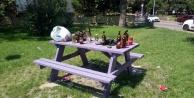 Masada bırakılan alkol çöpleri tepki çekti