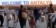 Antalya#039;ya gelen turist sayısı 1 milyon 316 bin oldu! İşte ilk 10 ülke