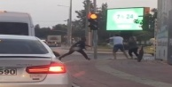 Antalyada trafikte sopalı kavga