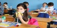 İlk teneffüste 60 bin öğrencinin meyvesi Büyükşehirden