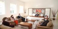Alanya Ak Parti#039;den Müdür Sarı#039;ya ziyaret