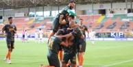 Alanyaspor#039;un performası şampiyonluk oranlarını değiştirdi