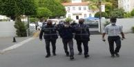 Antalya#039;da kafelere dadanan 2 şüpheli, 10 iş yerinin bahşiş kutusunu çaldı