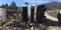 Sondaj kamyonu devrildi: 1 yaralı var