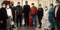 Toklu#039;dan hastane çalışanlarına sürpriz