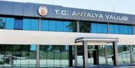 Antalya Valiliğinden kamu personeline yönelik geçici kıyafet düzenlenmesi