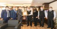 Antalya İl Jandarma Komutanlığına '2020 yılının Kurumsal Kan Bağışçısı Altın Ödülü