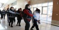 Antalyada 'altın kızlardan1 milyon TLlik vurgun