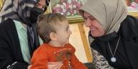 Yücel çiftinden minik Ahmet#039;e destek