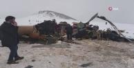 Bitlis#039;te askeri helikopter düştü: 10 askerimiz şehit oldu