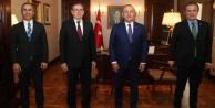 MHP#039;li Yıldız, Bakan Çavuşoğlu ile buluştu