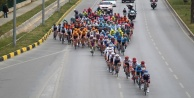 Alanya#039;da vatandaşlar 56. Cumhurbaşkanlığı Türkiye Bisiklet Turu#039;nu ilgiyle takip etti