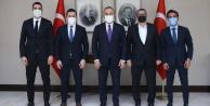 Alanyaspor#039;dan Bakan Çavuşoğlu#039;na ziyaret